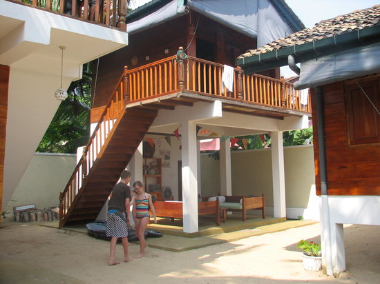 Eco Surf Lodge