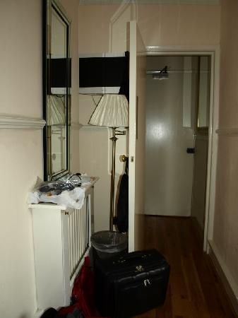 Classic Hotel : room