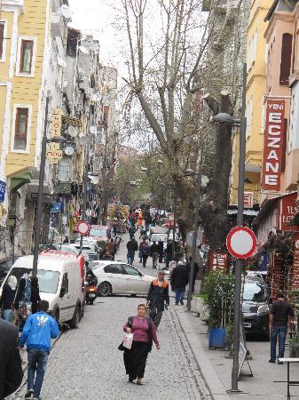 May Hotel Istanbul: meme rue