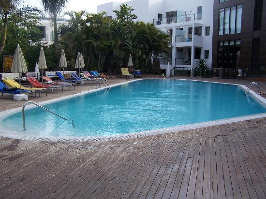 "Tarajalejo, Espagne : piscine ""réservé"""