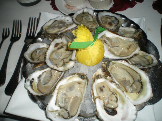The Capital Grille: Oysters