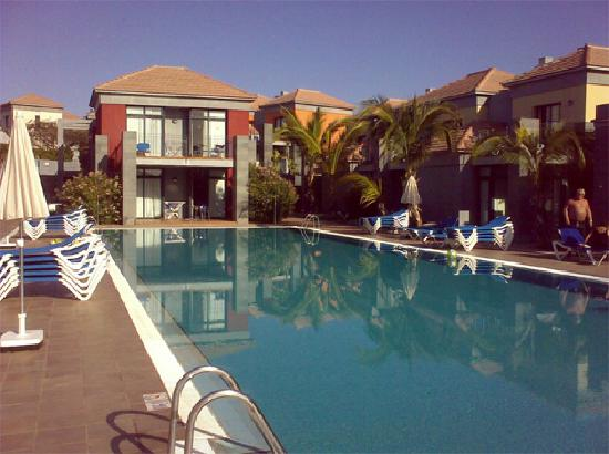 Caybeach Meloneras: One of the pools