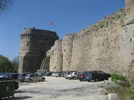 Dinan, فرنسا: castle