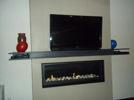 Delightful Belamere Suites: Fireplace And Our Flat Screen Regarding Flat Screen Fireplace