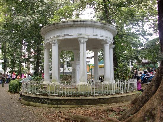 Bogor, Indonesia: 植物園入り口