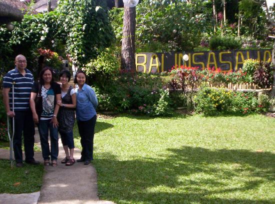 Balinsasayaw Chicken Grill & Restaurant: Fun small reunion