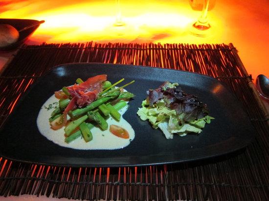 Espuma Mediterráneo: Aspargus salad