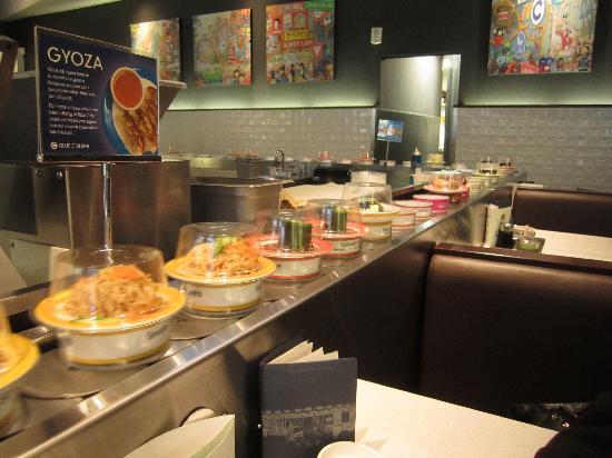 Blue C Sushi: Conveyor belt