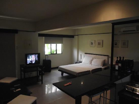 Lancaster Hotel Cebu: room