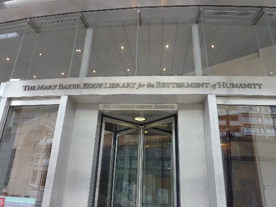 The Mapparium : Front door