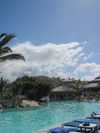 Cofresi Palm Beach & Spa Resort: one of the 7 pool