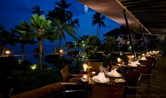 Full Moon Restaurant: Full Moon