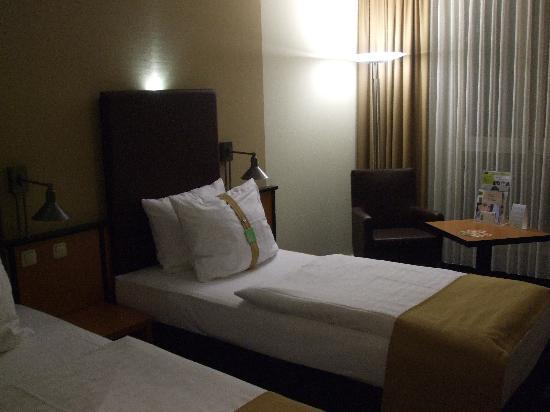 Holiday Inn Dresden: One of the rooms i stayed