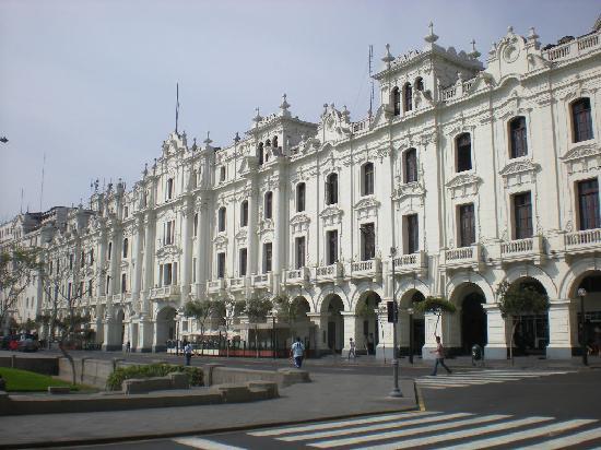 Lima, Pérou : el cientro avenida