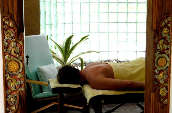 Jiwa Damai Organic Garden & Retreat: Enjoy a massage at Jiwa Damai