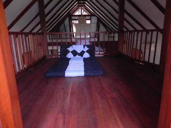 Pristine Lotus Spa Resort : View of the loft area in the villa at the Pristine Lotus Resort