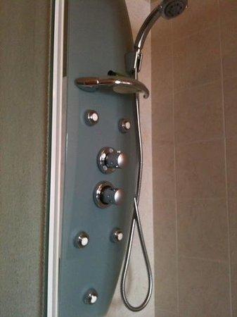 Ristorante Hotel La Luma : doccia idromassaggio