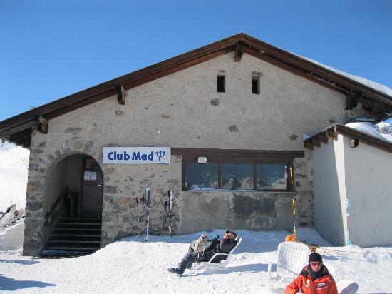 Club Med Saint Moritz Roi Soleil: Restaurant sur les pistes.