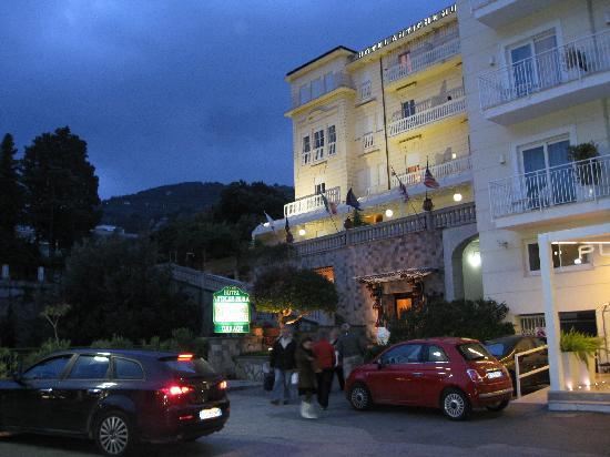 Antiche Mura Hotel : Antiche Mura at dusk