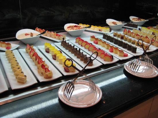 Iberostar Grand Hotel Bavaro: Food