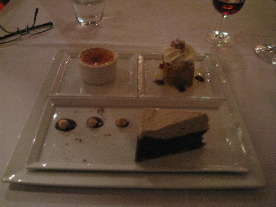 Syrah Bistro : Dessert selection