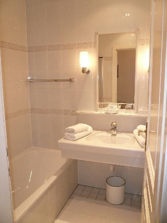 Hotel Schwalbe: Ansicht Badezimmer