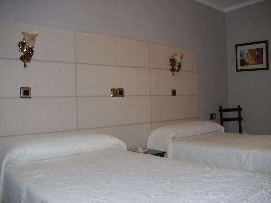 Hotel Los Naranjos: habitación doble 117