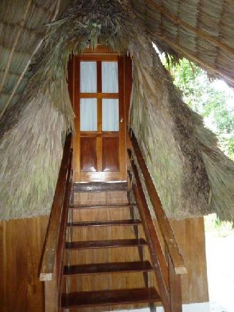 Posada del Cerro: crocodile room entrance