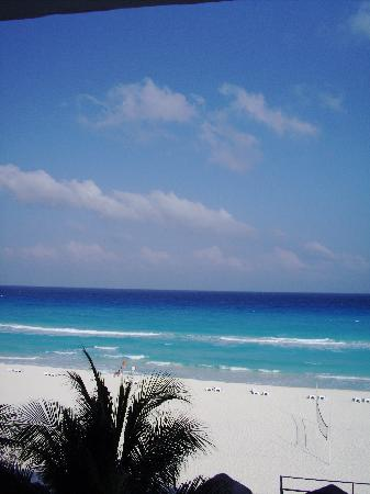 Flamingo Cancun Resort: View from room 426