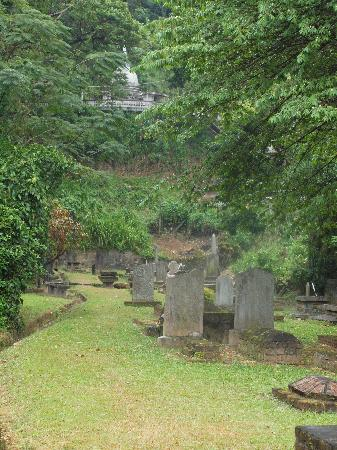 Kandy Garrison Cemetery: Graves at the Garrison Cemetery
