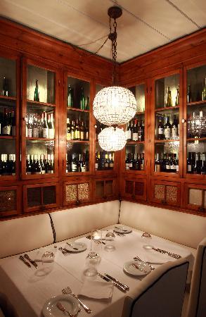 Colares Velho: Restaurant
