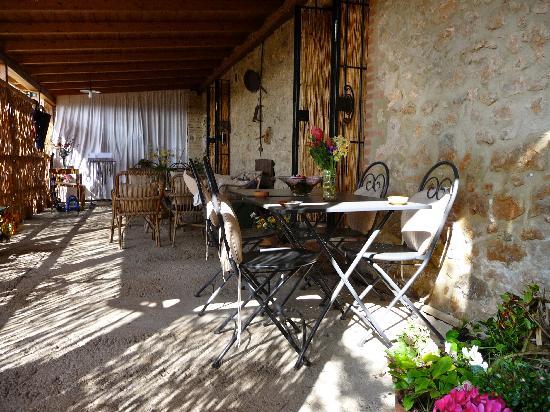il giardino: Ecco la meravigliosa veranda!