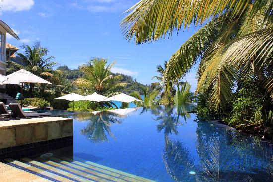 Такамака, Сейшельские острова: Piscine Banyan Tree Seychelles - Avril 2011