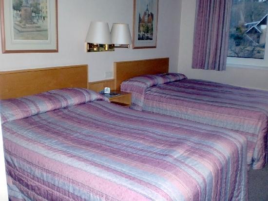 BEST WESTERN Hotel Jena: Großes Bett