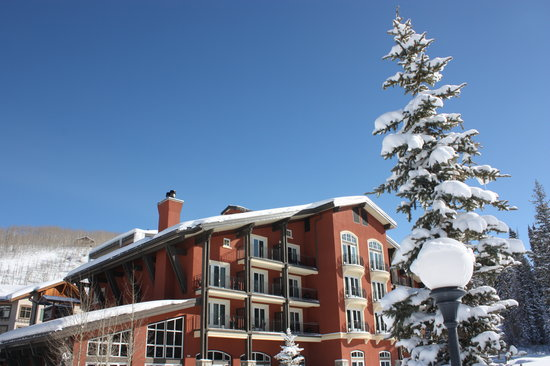 The Inn at Solitude: From matress to chairlift, just a few steps away.