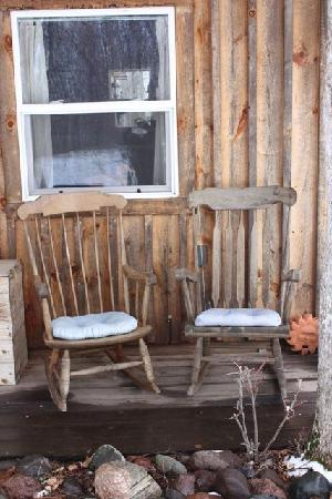 Penokee Mountain Inn: I wish it had been nice enough to rock in these chairs and look at the stars