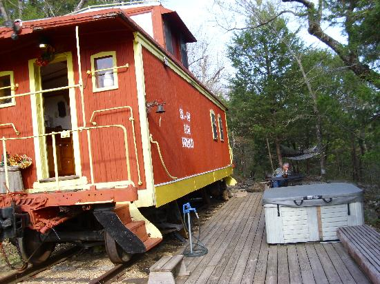 Livingston Junction Cabooses: Caboose,  Deck and Hot tub