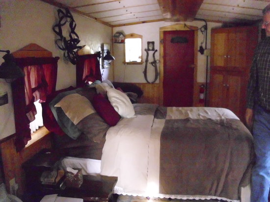 Livingston Junction Cabooses: Bed area Caboose #103
