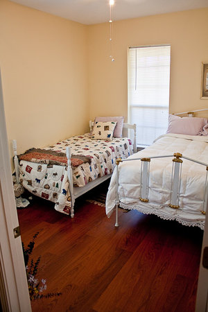Newell Lodge: Guest Bedroom