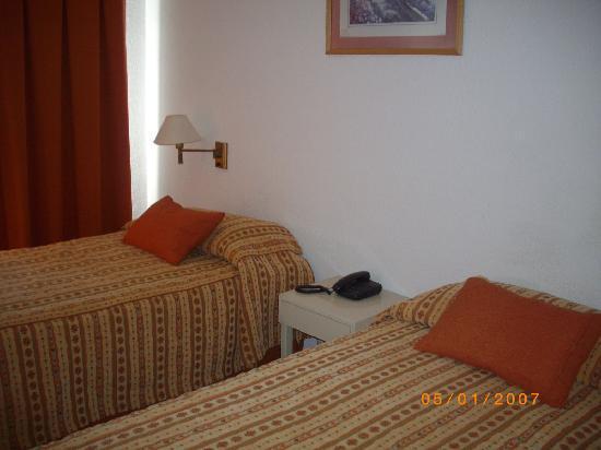 Hotel Bariloche Flat: habitacion