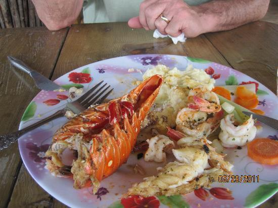 La Sirena de Camp Bay : Divine seafood platter.