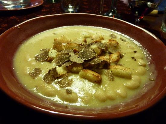 The Truffle Hunter: Delicious soup!