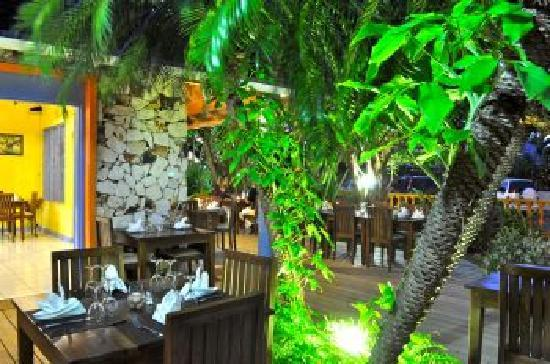 La Terrasse : French Restaurant in tropical ambience