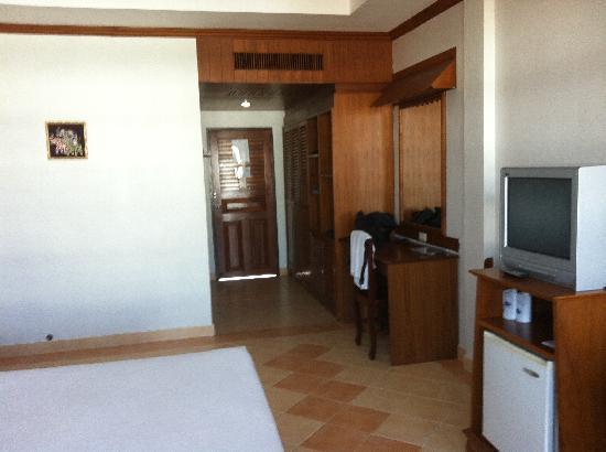 Tony Resort: Bedroom View 2