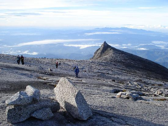 Mount Kinabalu: Stunning view of South Peak-Symbol of Sabah