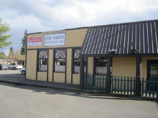 The Iron Rabbit Restaurant and Bar : Restaurant exterior