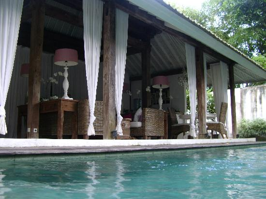 Oazia Spa Villas: View from the pool
