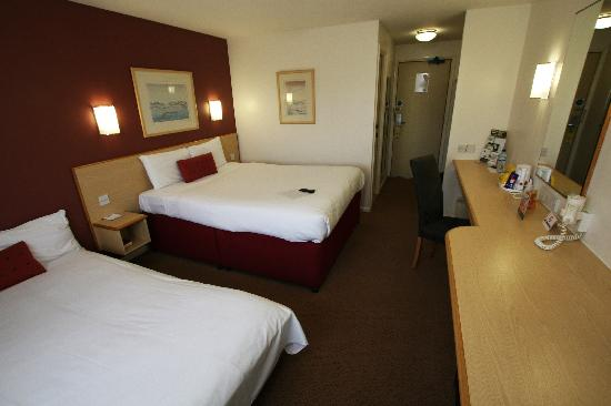 Days Inn Gretna Green M74: Family Room