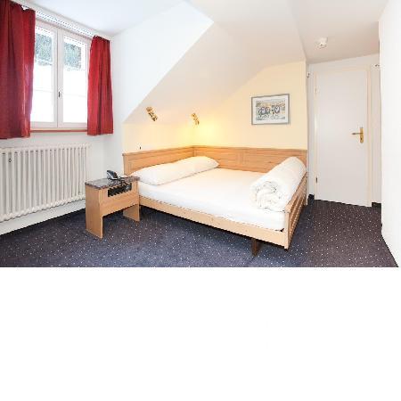 Hotel Jungfrau : Economy room