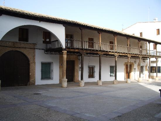 Villanueva de la Jara, Spain: plaza mayor